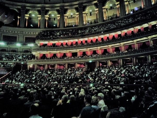 London, amazing debut at the Royal Albert Hall