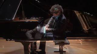 Federico Colli's debut at the Queen Elizabeth Hall. 1/3 - Mozart